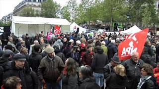 Franceses cansados de políticas de Macron marchan en París