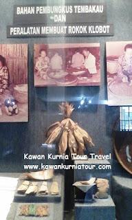 bahan bungkus dalam museum kretek kudus