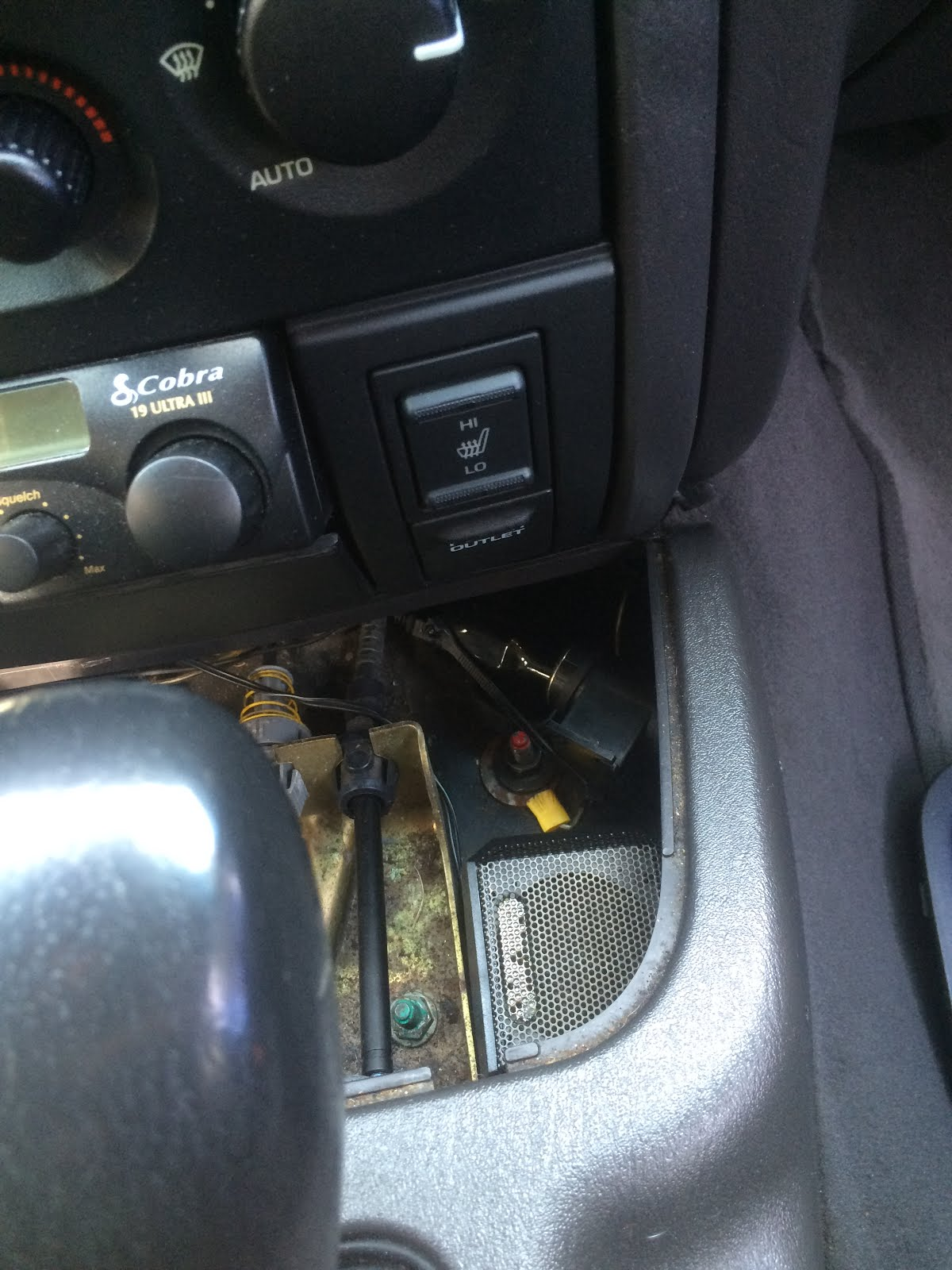 Jeep Stuff Aux In Bluetooth For Factory Radio Or Rb1 Wj Chrysler Wiring Diagram Totally Optionalbut This Way There Are No Wires Showing Again Zipties Your Friend And Yes Thats My Cb External Speaker