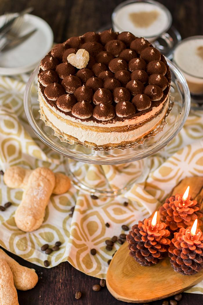 Çoklu pastanede kek: Lezzetli bir tatlı için tarif Prag