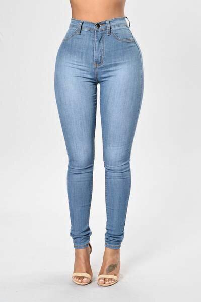 Skiny blue jeans