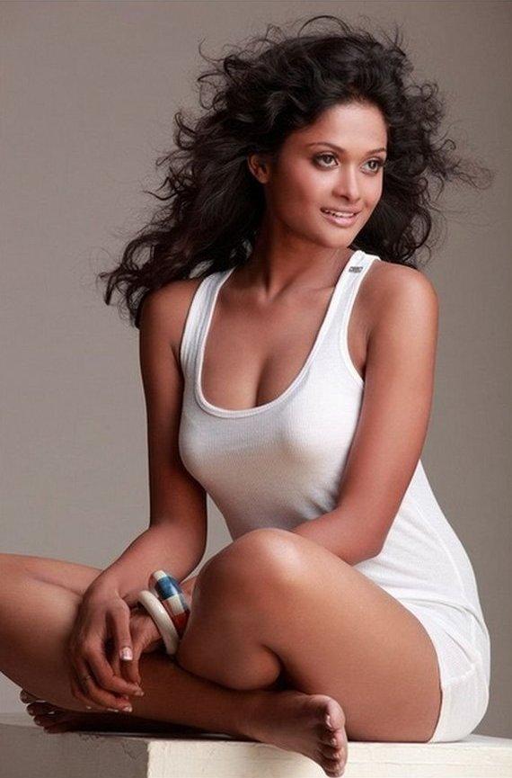 Super Sexy And Hot Oriya Model Sushree Shreya Mishra