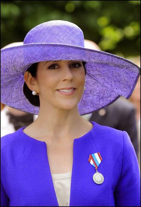 La Sombrerera de Lady Marlo: Mary Donalson con sombrero