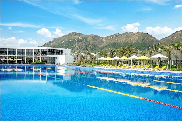 Hồ Bơi Vô Cực Tại  biệt thự Oceanami Villas & Beach