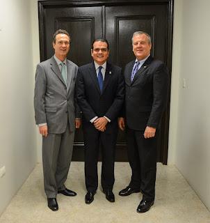 Visita la  Cónsul Phillip Nuevo Laredo