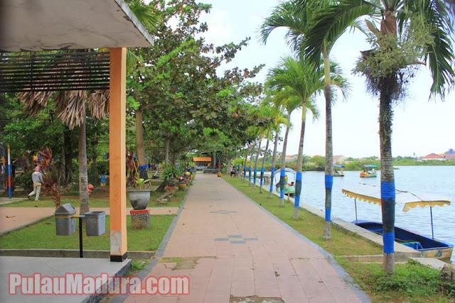 Obyek Wisata Taman Rekreasi Kota Bangkalan