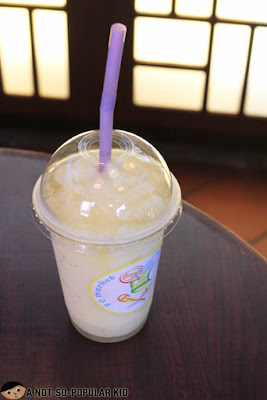 Pineapple Shake in Feng Chia Market