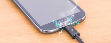 Checking the charging cable HOW TO FIX A PHONE THAT WON'T CHARGE | MY PHONE WON'T CHARGE