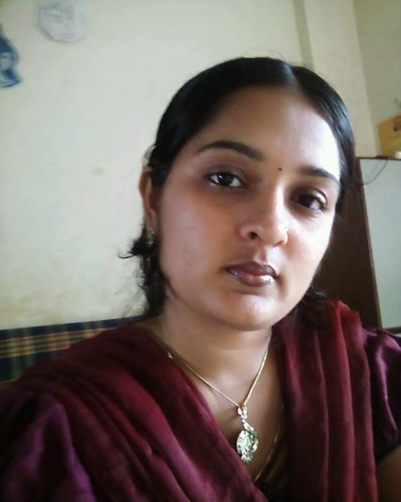 Mangala Bhabhi Hot Aunty 20 Photos  Hot And Sexy-9312