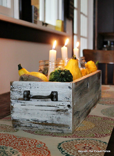 crate, fall centerpiece, salvaged wood, fence boards, candlebox, https://goo.gl/cdoqCj