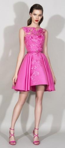 Коротка сукня на випускний бал