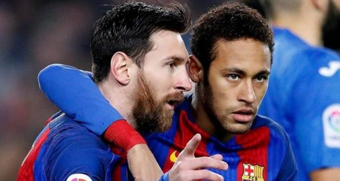 Messi dan Neymar Beda Pendapat Soal Siapa yang Harus Diboyong Barcelona