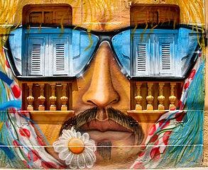 contoh seni grafiti yang indah dan rumit