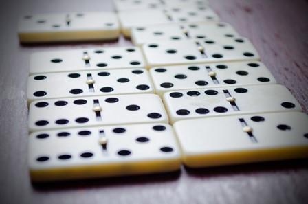 Bauran keadaan Domino QQ Uang absah modern dan Terpercaya