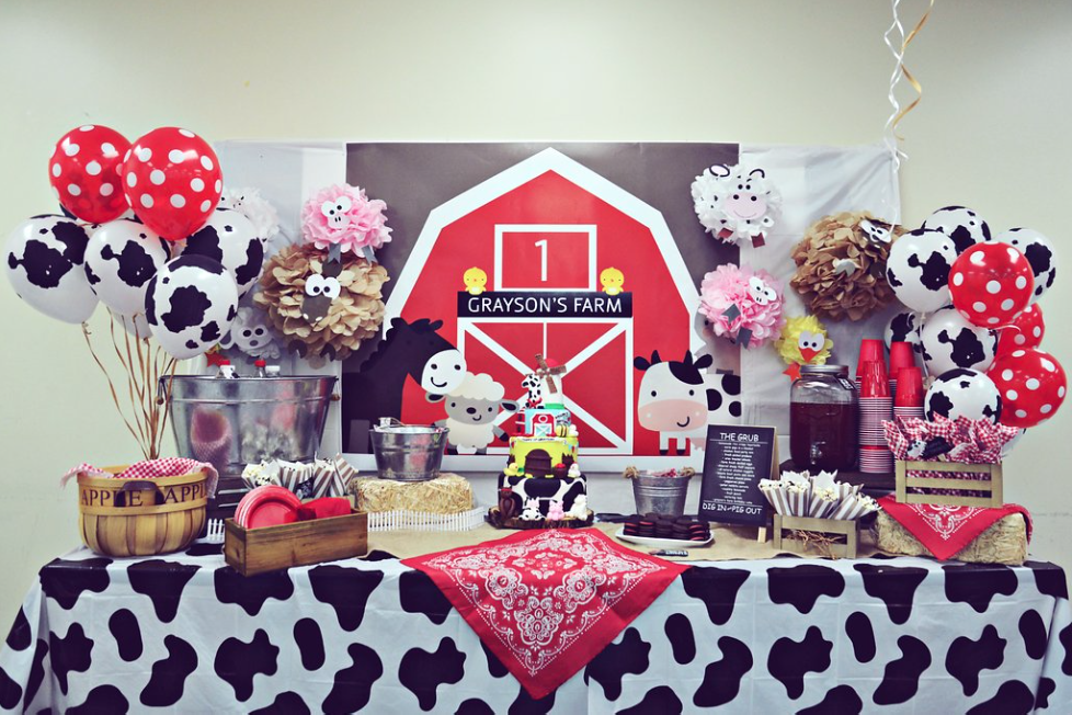 Barnyard Themed First Birthday Party ~ Everything Home ...