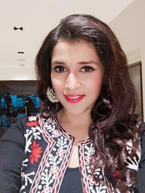 Manara chopra latest photos at Radio Mirchi