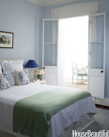 Coastal Blue and Green Bedroom Idea