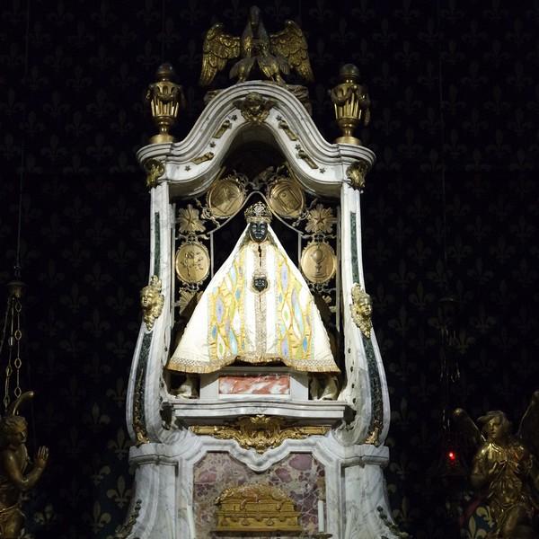 haute-loire le puy en velay cathédrale notre-dame vierge noire