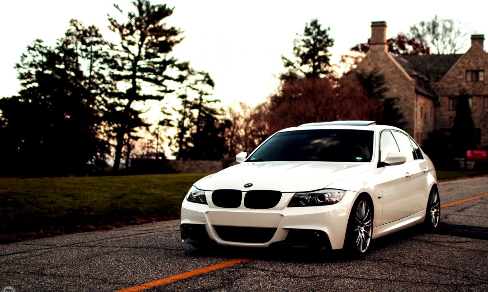 Bmw E90 3 Series White Car Hd Wallpaper Mocihada