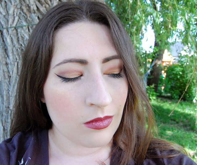 Becca x Jaclyn Hill Champagne Eye Palette Face of the Day