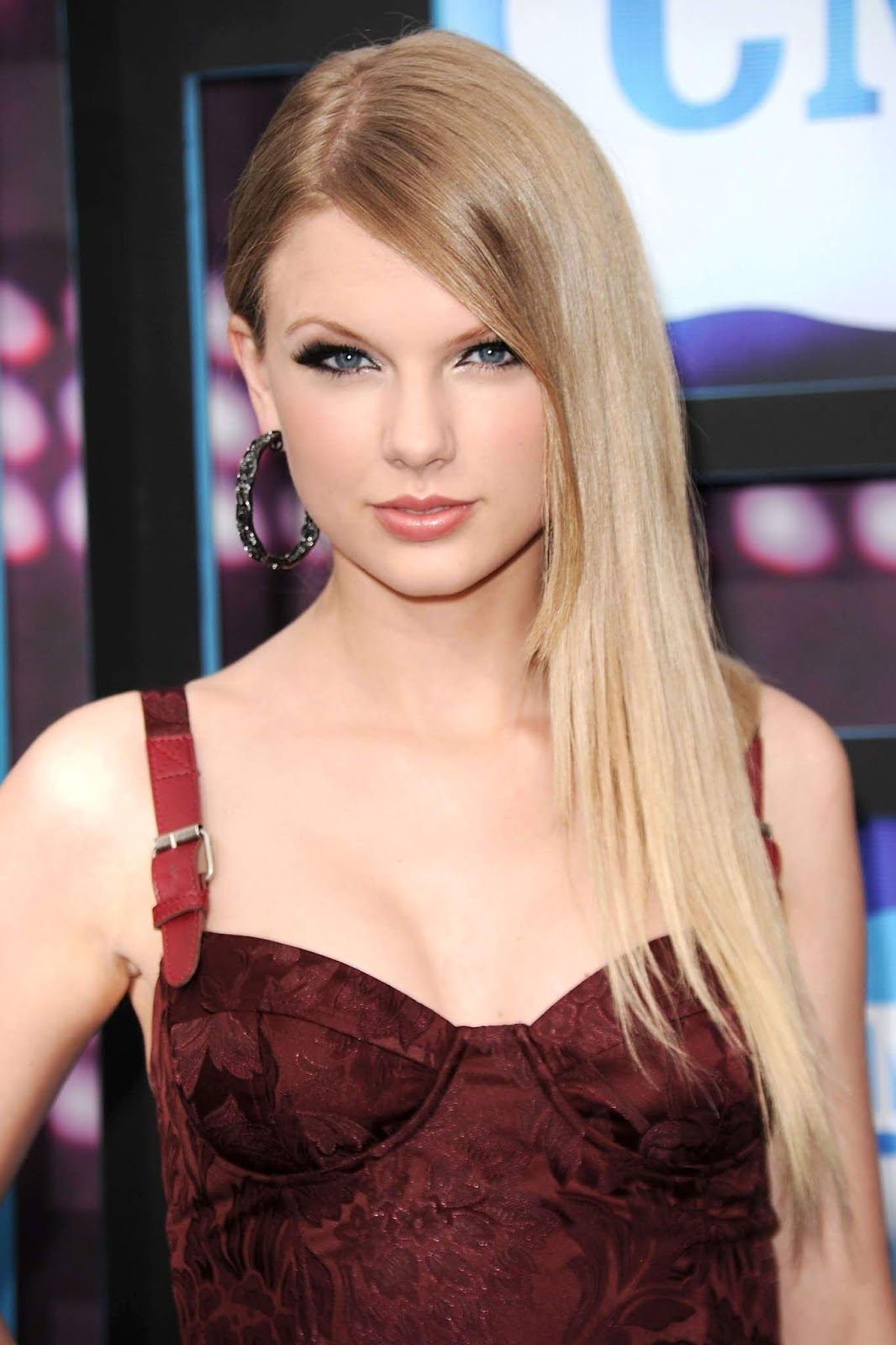 Taylor Swift Today News Wiki Affairs Updates Biodata Phone Number Family Go Profile All Celeb Profiles Tollywood Bollywood Kollywood Hollywood Go Profiles