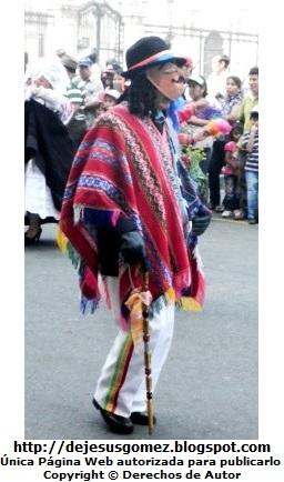 Foto del Boliviano o Jamille en la Plaza Mayor de Lima (Perú) - Pasacalle de Tunantada por Jesus Gómez