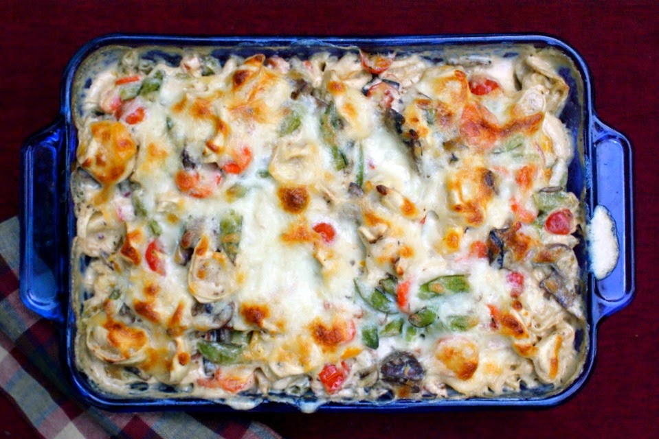 Tortellini and Garden Vegetable Bake | thetwobiteclub.com
