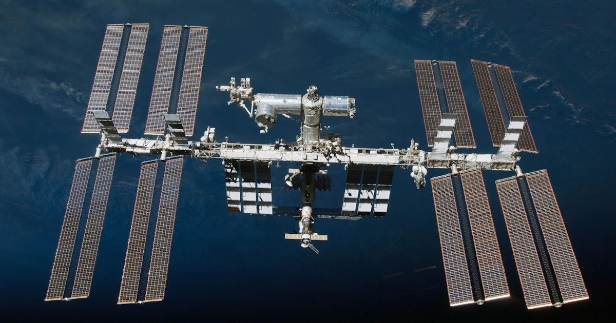 https://3.bp.blogspot.com/-9fzW2kRMPfg/WI98YqLXjnI/AAAAAAAHHyg/iBPnlQrXEccWhdty2XXc2yxoOrYnbjZEQCLcB/w1200-h630-p-k-no-nu/ISS_photographed_by_an_STS-130_crew_member.jpg