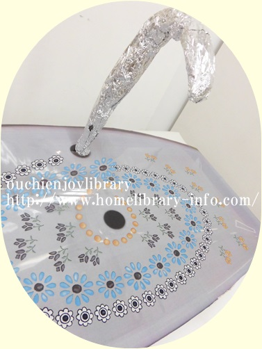 フェリシモ「花咲く水辺のおもてなし 取り換えるだけお掃除 トイレの手洗いタンクシートの会」