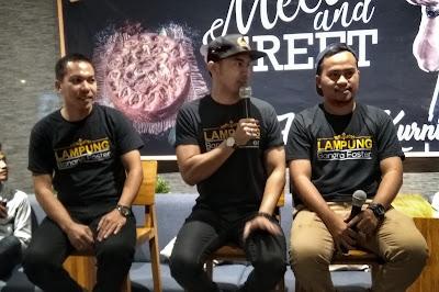 Hengky Kurniawan & Tim Banana Foster Lampung