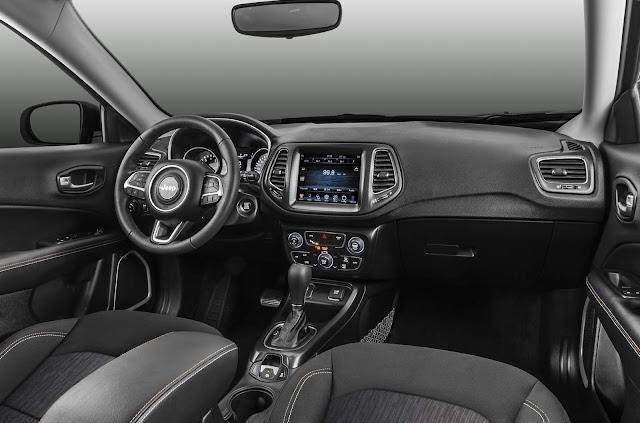 Novo Jeep Compass 2017 Longitude 2.0 Flex Automático - interior