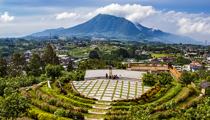 Keindahan Panorama dari Gardu Pandang Agrowisata Kopeng Gunungsari