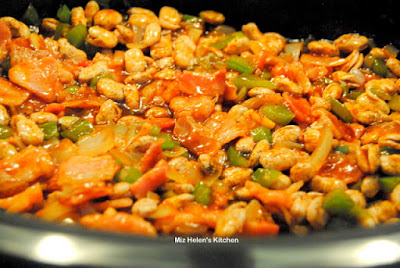 Slow Cooker Baked Pintos at Miz Helen's Country Cottage.com