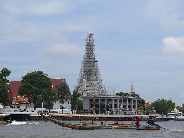 Wat Arun desde el Río Chao Praya