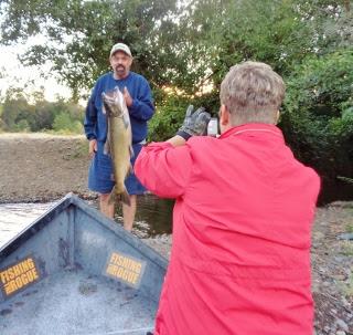 Rogue-river-fishing-guide-service