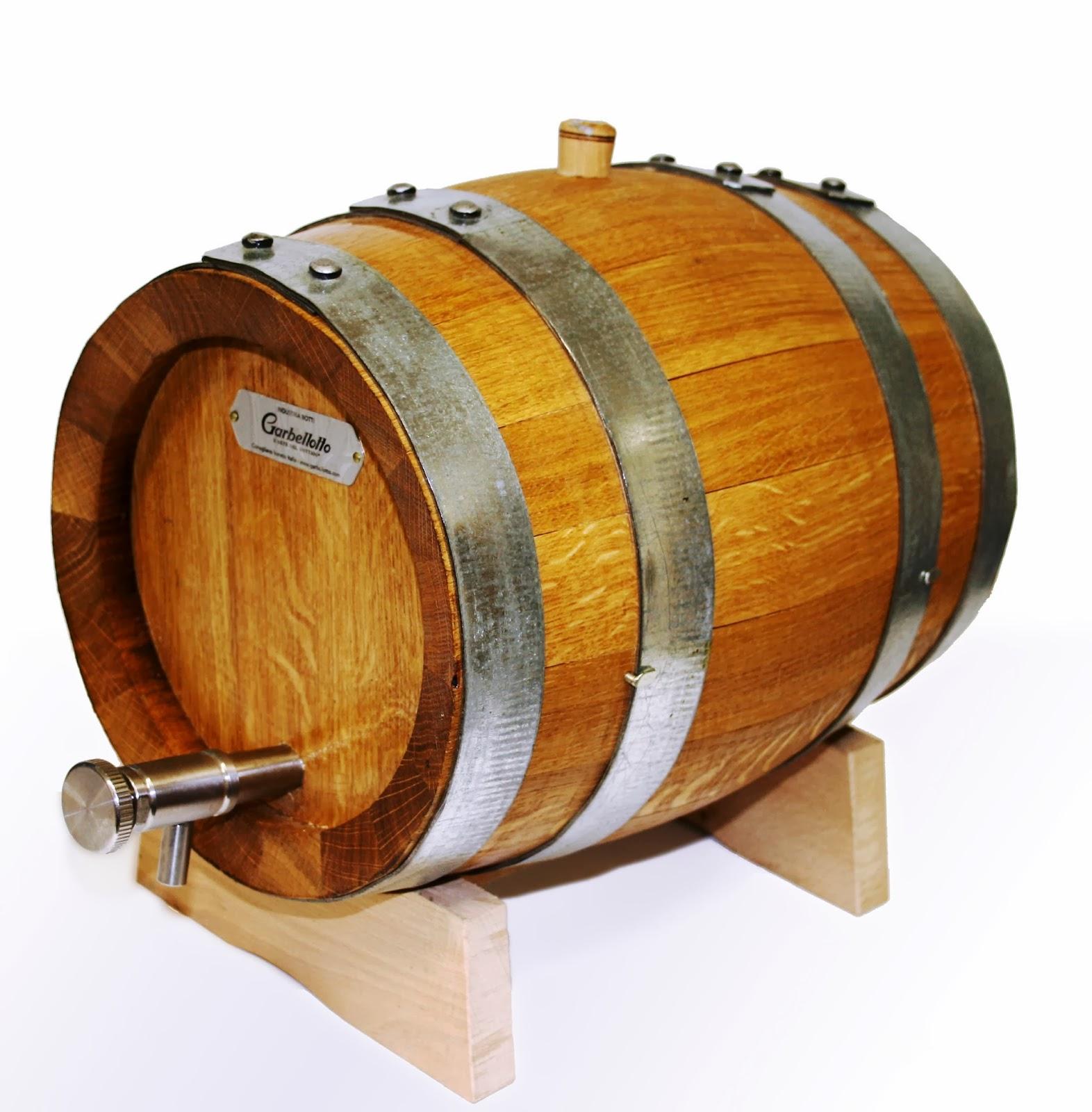 le vinaigre de vin et son tonneau en bois de ch ne. Black Bedroom Furniture Sets. Home Design Ideas