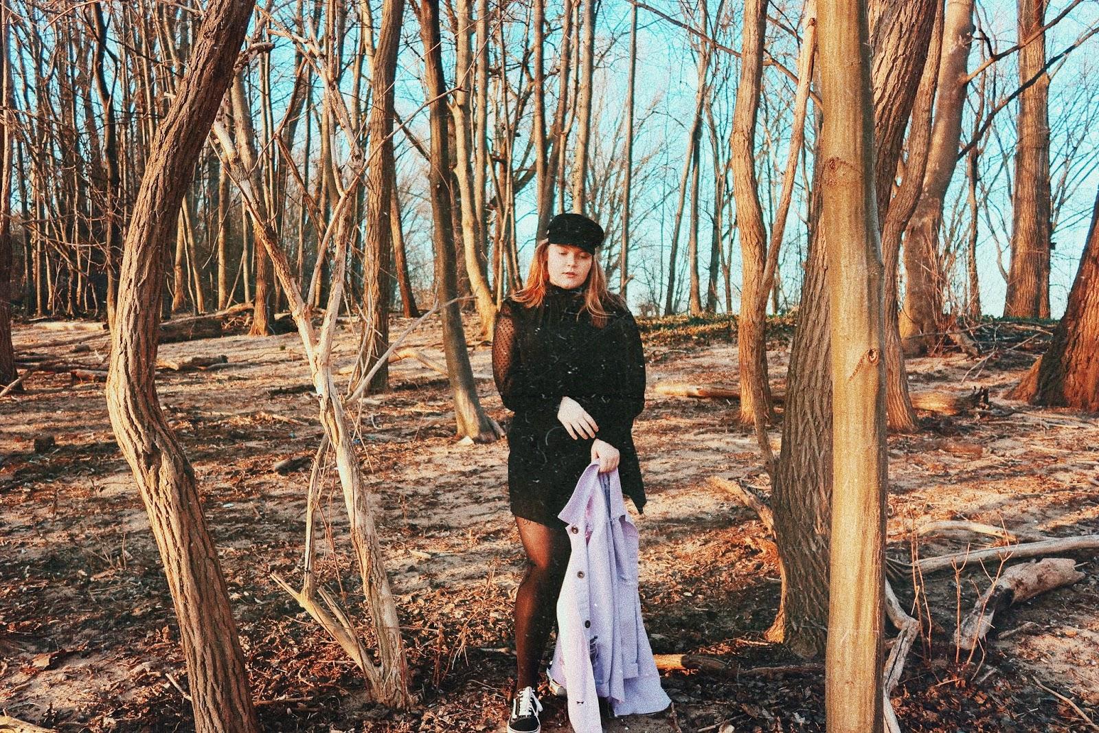 Ich Glaub', Ich Steh' Im Wald!