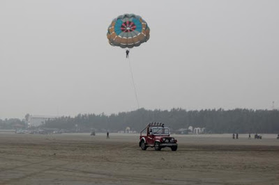 Parachuting in India