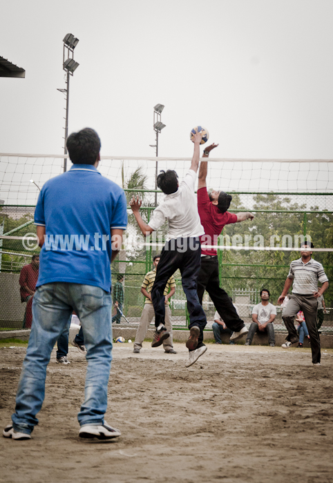 Volleyball Final @ DI, Adobe India !!!:Withwonderfulreleases of Adobe PhotoshopElementsandAdobePremiereElements, DI group inAdobeenjoyedlastweekwithsomeinteresting volleyball matches. Here aresomeofthephotographs from final match on Friday (21st Oct, 2011) Here are two finalist teams...Team-A(Sitting: LefttoRight):Abhishek,Pankaj,Sandeep,Poonam, Ramesh, Saran, Ram !!!Team-B(Standing: Left toRight):Ajay,Alok,Vikas,Vikas,Chhaya, Krishna, Akshaya, Swapnil !!!Here are few shots whileplayersaretryingtohardforgoodservice :)Audience needed to be very careful :)This is Adobe Noida Volleyball ground !!Saurabh & Rahul - Lineman and Scorer...Most active players in these two teams - Saran and Swapnil!! (My personal opinion :) )This group was regularly evaluating rules thegameandsuggesting some changes every 10 mins or so..Media partners talking to referees - Sr. correspondentAmbika with Cameraman Ashish !!Winners of DI India Volleyball tournament 2011 !!