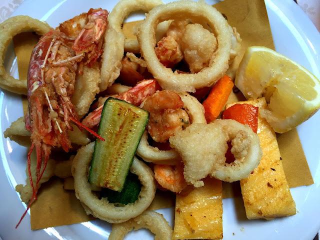 venedik, gezi, tur, yurt dışı, yemek, deniz,ürünleri, tempura, kızartma, balık