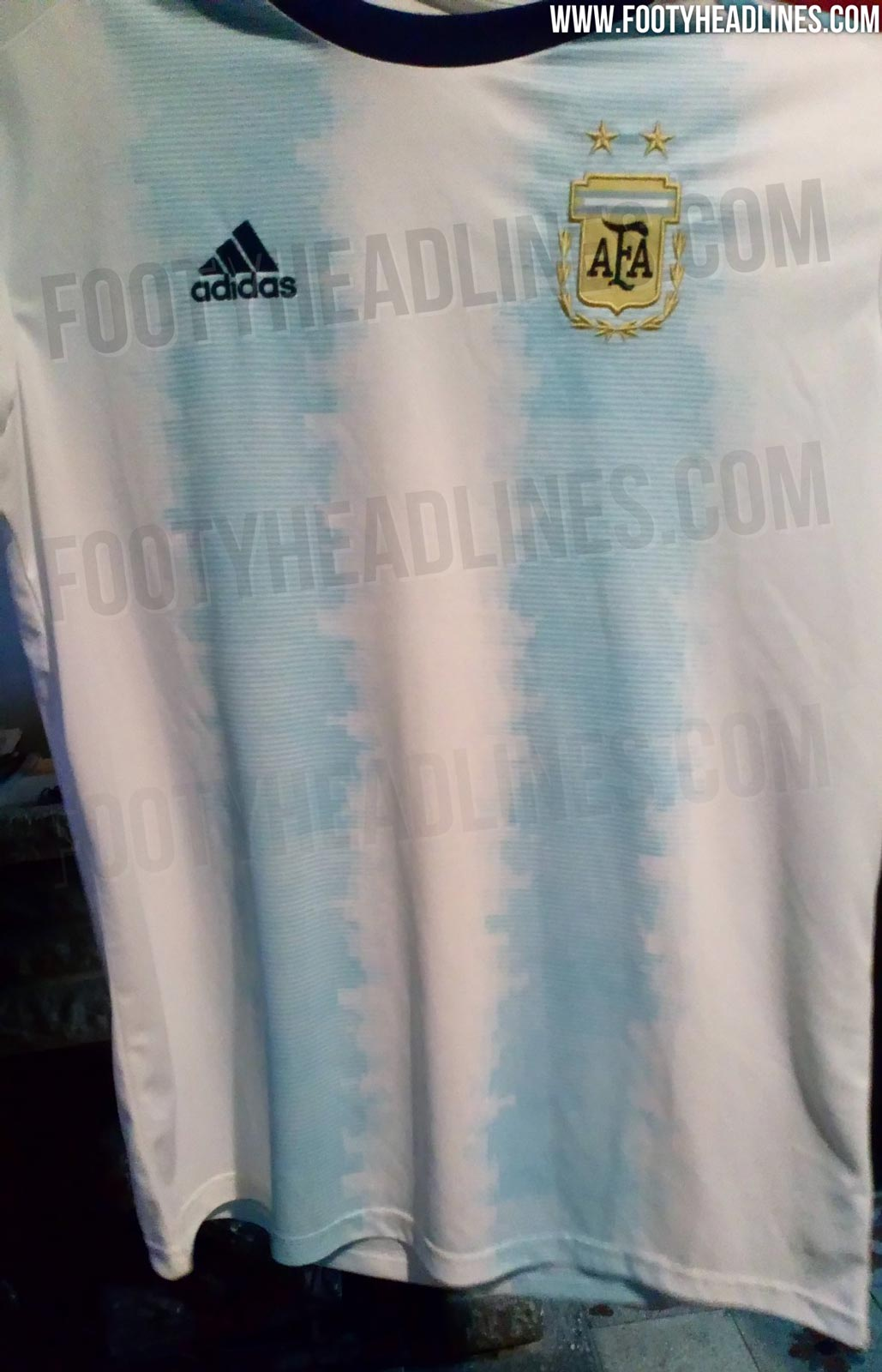 e2c2f89e6e7 ... were the decade with the possible largest changes to football kit  designs