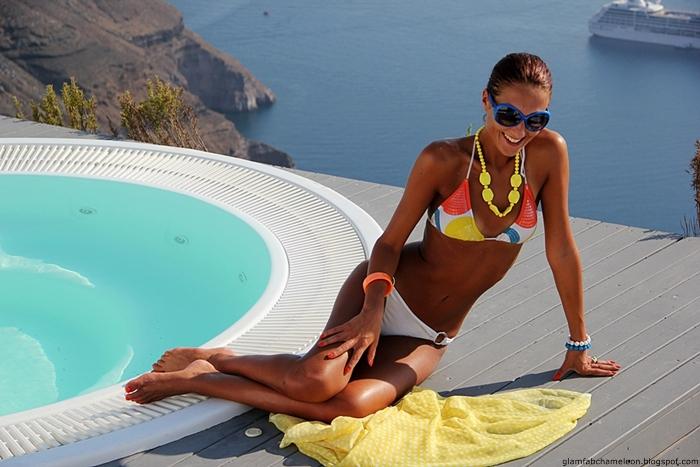 White bikini look with colorful accessories