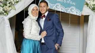 وصايا رمضان صبحي لاعب ستوك سيتي الإنجليزي لحبيبة إكرامي