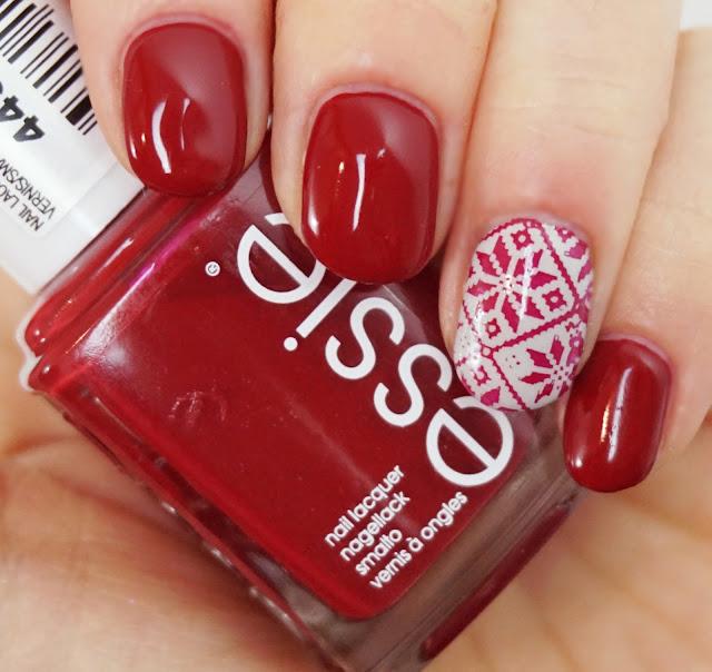 Essie - Party On A Platform + Weihnachts-Stamping mit NurBesten