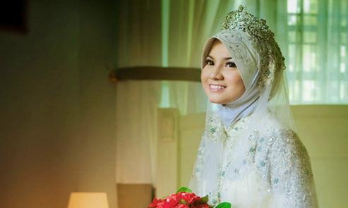 Istri Cantik Itu Biasa, Tapi yang Menghargai Suami Dan Mendukung Tanpa Putus Asa itu Langka