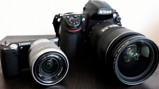 Hasil gambar untuk kamera dslr dan mirrorless