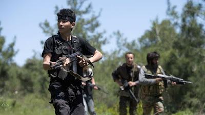 Pemuda Turki Bersiap Sebrangi Suriah