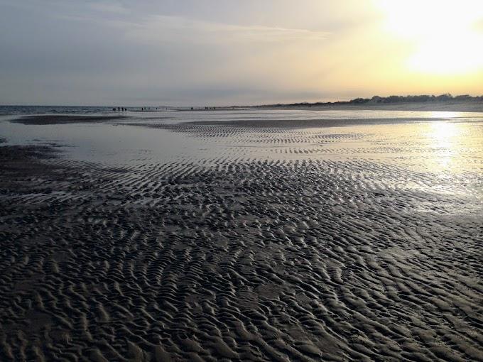 La playa de Manta Rota, pura vida