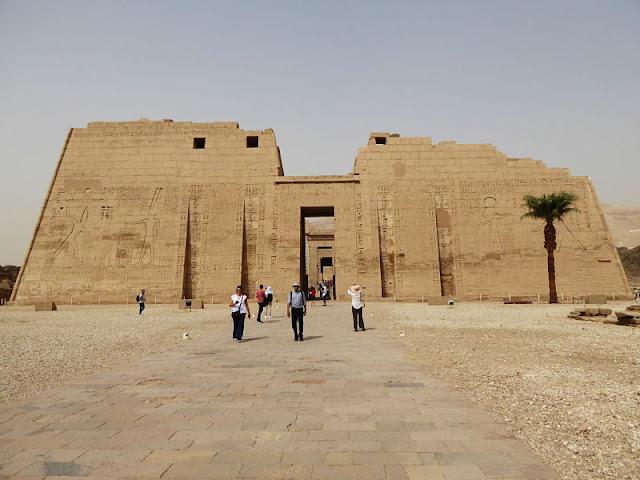 tempio di medinet habu