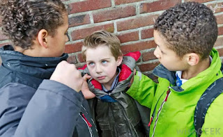 6 cara mengajarkan anak mempertahankan diri dari bully